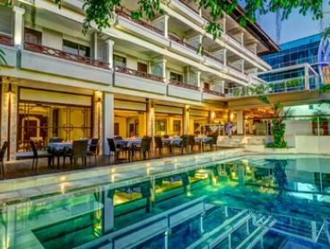 Bali, Kuta: Up to Seven-Night Stay for Two People with Breakfast and Reflexology Massage at Maharani Beach Hotel
