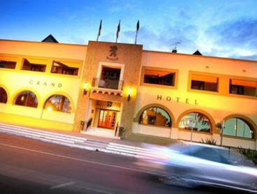 Mildura, VIC: 2- or 3-Night Getaway for Up to Four w/ Breakfast, Late Check-Out, and Wine at Quality Hotel Mildura Grand