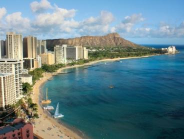 Hawaii: Guided Oahu Island Tour with Hawaiian Luau, Transfers and Lunch for One Person