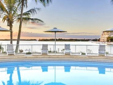 Sunshine Coast, Noosa: 3, 5 or 7 Nights for Four People with Wine and Late Check-Out at 4*
