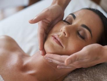$25 for Deep Cleansing Enzyme Peel, $39 to Add Microdermabrasion at Skinn Beauty Bar (Up to $190 Value)