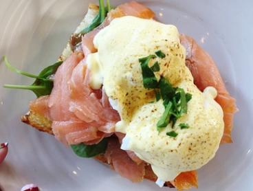 Breakfast with Juice or Coffee for One ($10), Two ($19) or Four People ($37) at Bellezza e Cibo (Up to $94.80 Value)