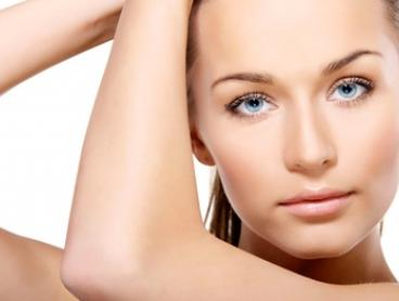 $29 for a 30-Minute Facial Plus a 15-Minute Shoulder Massage at Ujeans Spa and Beauty (Up to $80 Value)