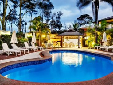 Coffs Harbour: 3-, 5- or 7-Night Seaside Stay with Wine and Late Checkout for 2-6 People at Smugglers on the Beach