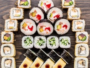 Japanese Degustation with Pot of Tea for 2 ($39), 4 ($75) or 6 People ($109) at Taiko Sushi Bar (Up to $220 Value)