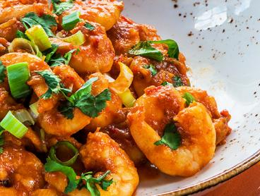 Chinese Dinner with Drinks in the Heart of the CBD is Only $49 for Two People or $98 for Four (Valued Up To $186)