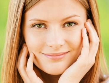 Microdermabrasion with Facial: One ($29) or Two Sessions ($49) at Le Belle Beauty Boutique (Up to $418 Value)