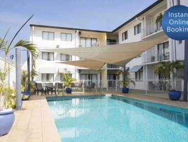 Darwin: 1 or 2 Nights for Two with Late Check-Out and Option for Wine at Metro Advance Apartments and Hotel Darwin