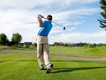 Golf + Buffet: Week Brekky from $89 for 2 or Sat. Dinner up to $255 for 4 at Ramada Resort Kooralbyn Valley (Up to $400)