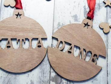 Personalised Christmas Name or Wish List Ornaments: Two ($4), Four ($7) or Six ($10) (Don't Pay up to $57)