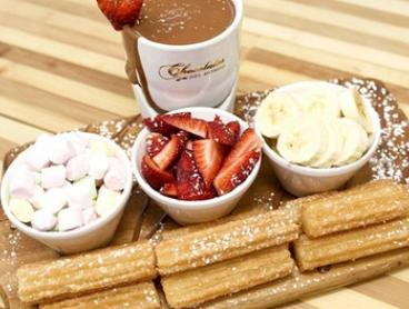 Chocolate Fondue with Drinks for 2 ($19.88) or 4 People ($39.90) at Chocolate Del Mondo Burwood (Up to $79.70 Value)