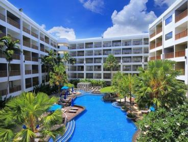 Thailand, Phuket: Up to 7 Nights for Two with Breakfast and Welcome Drink at 4* Deevana Plaza Phuket Patong