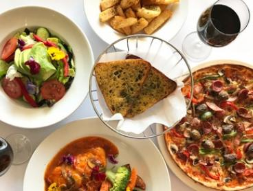 Italian Feast with Sides and Drinks for 2 ($39), 4 ($78) or 8 People ($156) at Mamma Teresa (Up to $352.80 Value)