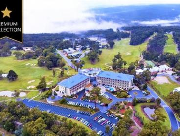 Creswick, VIC: Up to Three Nights for Two or Four with Breakfast and Golf Discount at RACV Goldfields Resort