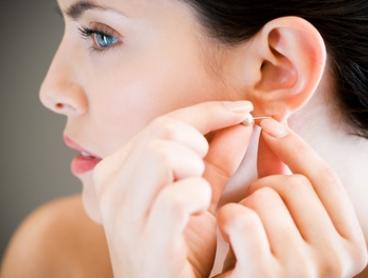 Ear ($25) or Nose Piercing ($35) at Beauty Unique Clinic (Up to $50 Value)