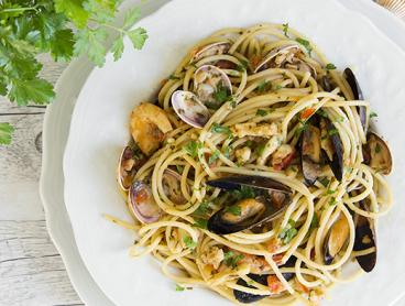 Beachside Seafood Lunch with a Glass of Sparkling Wine, Fresh Juice or Cocktail per Person - $49 for Two People, $95 for Four People, or $139 for Six People (Valued Up To $282)
