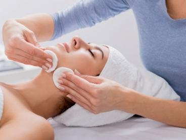 $39 for 45-Minute Hydrating and Exfoliating Facial at Kambah Thai Massage And Beauty (Up to $82.50 Value)