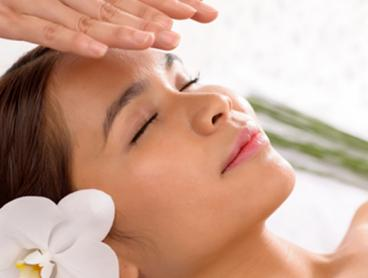 Just $59 for a Reiki Session with Dermal Facial and Aromatherapy Massage (Value $189)