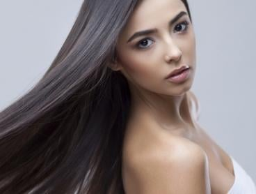 Closure and Wefts ($749), or Half ($299) or Full Head Hair Extensions ($399) at Princess and Dolls (Up to $1,120 Value)