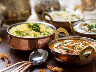 Indian Takeaway Feast + Drink for 1 ($15), 2 ($25) or 4 People ($49) at Dera Indian Restaurant (Up to $133.90 Value)