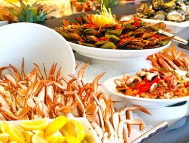 $119 for All-You-Can-Eat Seafood Buffet with Cocktail for Two People at Baygarden Restaurant (Up to $221 Value)