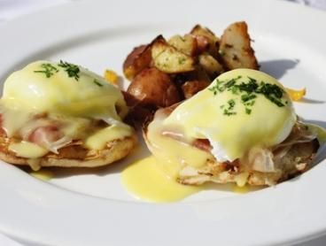 All-Day Brekkie & Coffee: 2 ($21), 4 ($39) or 6 Ppl ($59) at Armanii's Caffe Cucina - South Morang (Up to $128.40 Value)