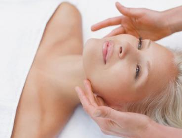 Pamper Package - 30 ($19), 60 ($39) or 80 Minutes ($59) at 1st Lady Health & Beauty (Up to $135 Value)