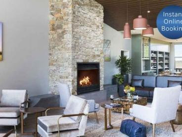 Canberra Wine Region: 1 Night for 2 People with a Bottle of Wine, Bike Hire and Late Check-Out at Abode Murrumbateman