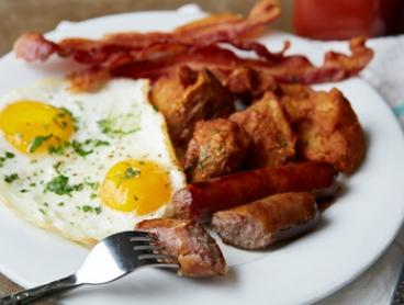 Breakfast for One ($15), Two ($30) or Four People ($55) at Mercure Charlestown - Madison Kitchen + Bar(Up to $100 Value)