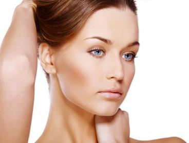 Chemical Peel and LED Light Therapy: One ($39) or Two Sessions ($75) at Simetics Beauty Laser Clinic (Up to $428 Value)
