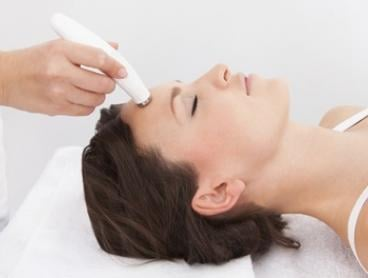 Oxygeneo Exfoliation & Micro-Needling: One ($139) or Two Sessions ($250) at Lumi Medispa