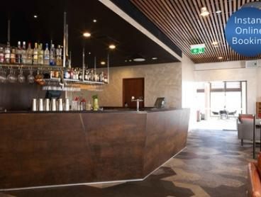 Brisbane, CBD: 1 , 2 , or 3 Nights for 2 with Wi-Fi, Parking, Late Check-Out and Option for Brekky at 4* Mystery Hotel
