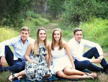$15 for a Personalised On-Location Photo Session and One Print with Anne Higgs Photography, Wynnum ($230 Value)