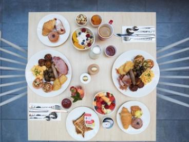 Buffet Breakfast for One ($12.50), Two ($25) or Four People ($50) at Gumtree Restaurant and Bar (Up to $100 Value)