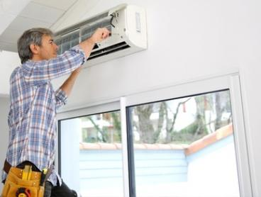 Air Conditioner Clean - Split System ($87) or Ducted System ($117) with Air Con Clean (Up to $389 Value)