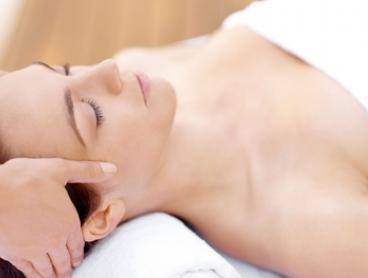Pamper Package: 30 ($19), 60 ($39) or 80 Minutes ($59) at 1st Lady Health & Beauty (Up to $135 Value)