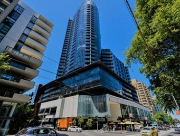 Melbourne: 2-, 3- or 5-Night Stay for Two or Four with Late Check-Out and Wi-Fi at Amazing Accommodations - Vogue