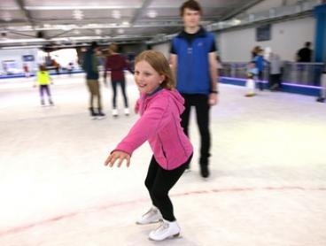 90-Min Ice Skating Session: Toddler ($8), Child ($12), Adult ($14) or Family Ticket ($39) at Ice Zoo (Up to $76 Value)