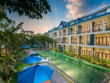 Cambodia, Siem Reap: 3-Night Stay for Two with Breakfast, Airport Transfers and Massage at 5* Sakmut Boutique Hotel