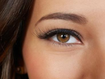 Eyebrow Threading with Brow Tint: One ($19), Two ($35) or Three Sessions ($49) at That Organic Salon (Up to $132 Value)