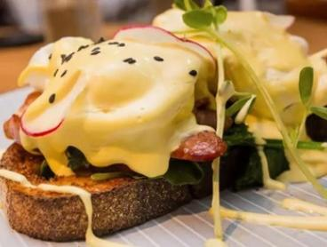 All-Day Brekky or Lunch + Drink Each for 2 ($19) or 4 Ppl ($35) at 18 Grams Cafe - Hurstville Westfield (Up to $103.60)