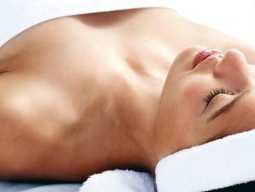 Organic Facial & Eye Treatment $39 with AHA Peel $59 or Lactic & Enzyme Peel $69 at Pamper Boutique (Up to $215 Value)