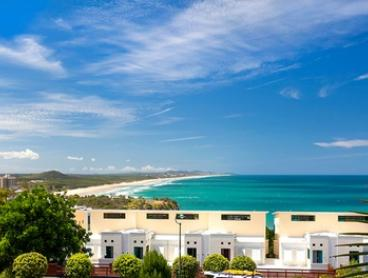 Coolum Beach: 2-5-Night Villa Stay for 4 with Late Check-Out, Wine and Towel Hire at The Point Coolum, Sunshine Coast