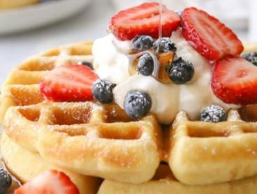 Breakfast or Lunch with Drink Each for Two ($19) or Four People ($36) at Cottage and Coast (Up to $90 Value)