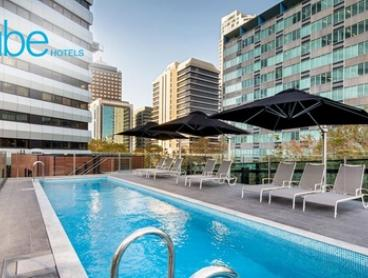 North Sydney: 1-3 Nights for Two with Late Check-Out and Option for Luna Park or Zoo Tickets at Vibe Hotel North Sydney