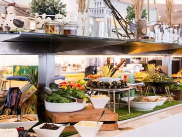 All-You-Can-Eat Fresh Seafood Buffet in Brighton-Le-Sands
