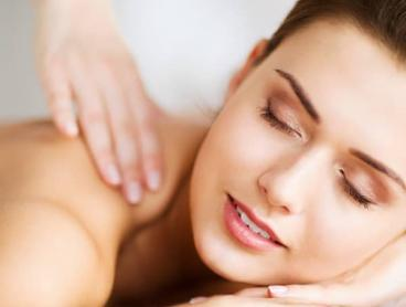 Relaxing Massage + Facial Pamper Packages in North Melbourne
