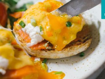 Luxe Brunch with Sparkling Wine or Mimosas in Southbank