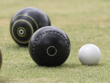 Two-Hour Barefoot Bowls with Wine or Beer in Osborne Park