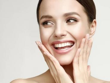 Relaxation, Electrotherapy or Microderm Facial in Ellenbrook